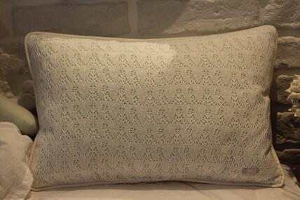 Almofada 30 x 40cm tricot FAU Janaina