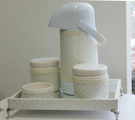 Kit higiene bebe com espelho e pé marfim