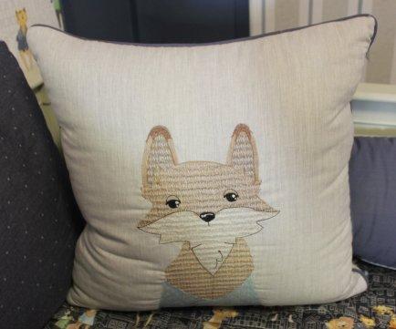 Almofada quadr. raposa bichos urbanos Vanessa Gui