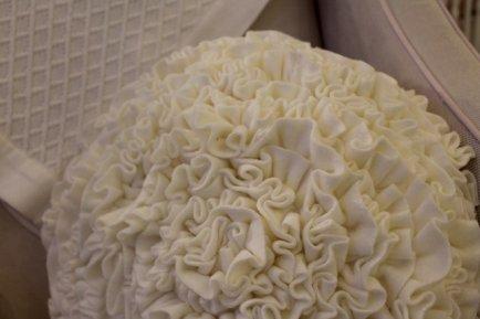 Almofada redonda flower - oficina da roça